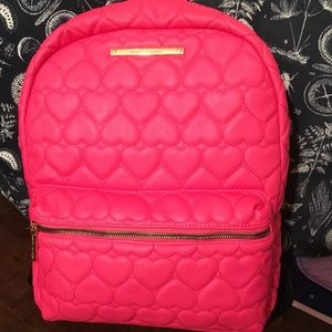 NWOT Betsey Johnson quilted hearts backpack